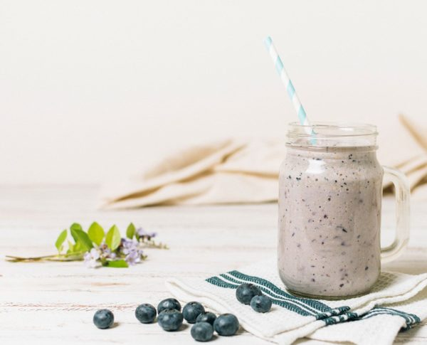 Green Tea and Blueberry Smoothie